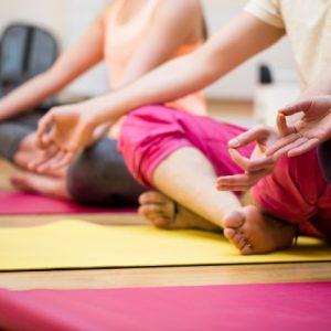 clases de yoga niños